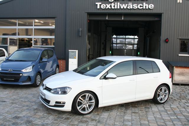 Volkswagen Golf - 7 -1.6 TDI 110 PS BlueMotion Cup-Navi-Climatronic-PDC Vu.H-SHZG-TOP ZUSTAND Sofort