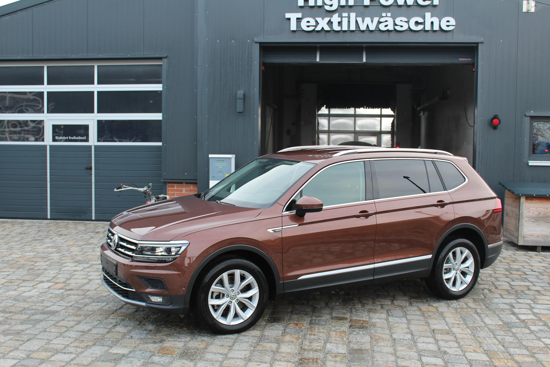 volkswagen tiguan 2 0 tdi 190 ps 4x4 dsg allspace highline 7 sitzer top ausstattung top angebot. Black Bedroom Furniture Sets. Home Design Ideas