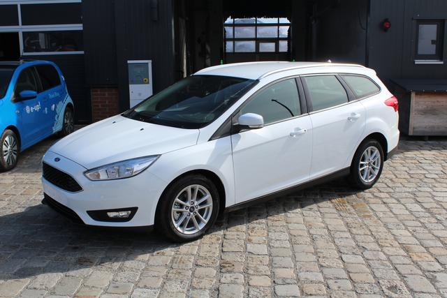 Ford Focus Turnier - 1.5 EcoBoost 150 PS PLATINUM KLIMAAUTO-WINTERPAK-ALU-SYNC-PREISHIT