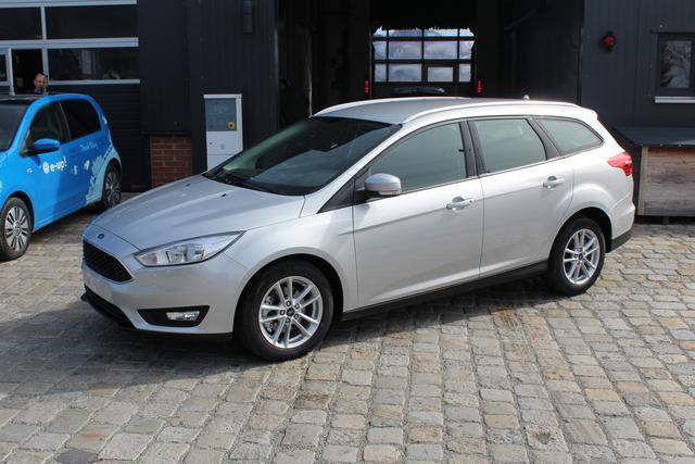 Ford Focus Turnier - 1.5 EcoBoost 150 PS PLATINUM KLIMAAUTO-WINTERPAK-ALU-SYNC-PREISHIT Sofort