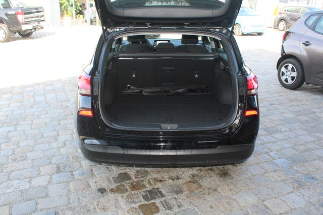 Hyundai i30 Kombi - Komfort 1.4 T-GDI 140 PS-Rückfahrkamera-PDC-Spurhalteassistent-Klima-Tempomat