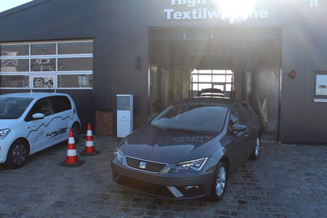 Seat Leon - 1.0 TSI 110 PS DSG Stylance-SEAT Voll LED-Climatronic-PDC-SHZG-MFL-Bluetooth-TOP Sofort