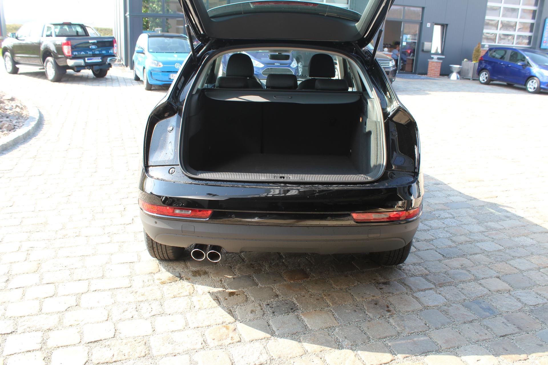 Audi Q3 1.4 TFSI 150 S-Tronic-Garantie 3 Jahre-Xenon-AHK schwenkbar ...