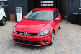 Volkswagen Golf - Facelift ! 1.0 TSI 110 PS-Climatronic-Front Assistent-TOP AKTION Sofort