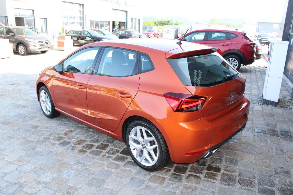 seat ibiza neues modell 1 0 tsi 95 ps fr front assist pdc. Black Bedroom Furniture Sets. Home Design Ideas