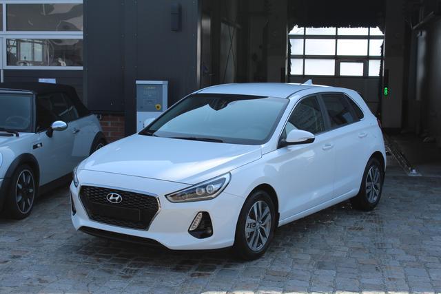 Hyundai i30 - 1.4 T-GDI DCT 140 PS-Navi-Rückfahkamera-VollLED-SHZ-PDC-Alu-Sofort