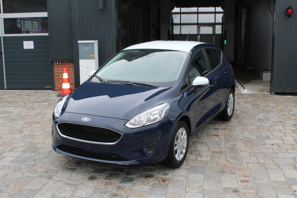 ford fiesta 1 1 duratec ti vct 85 ps bicolor pdc klima. Black Bedroom Furniture Sets. Home Design Ideas