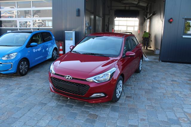 Hyundai i20 - 1.2 75 PS Family + Club-Klima-Radio-TOP AKTION Sofort