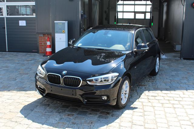 BMW 1er - 118i 136 PS Automatik-Sportline-5Türig-VollLED-NaviBusiness-16
