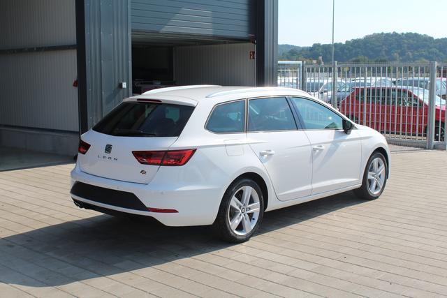 Seat Leon Sportstourer ST - FR 2.0 TDI 150 PS-Tempomat-Bluetooth-SHZ-Climatronic-17