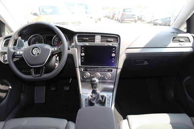 Volkswagen Golf 1.5 TSI 150 PS Maraton Edition-LED-5 Jahre Garantie-Front Assistent-PDC V+H-Bluetooth-Sofort