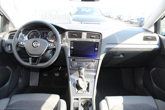Volkswagen Golf 1.6 TDI 115 PS Neues Modell Maraton Edition-LED-5 Jahre Garantie-PDC V+H-Bluetooth-TOP Sofort