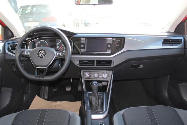 Volkswagen Polo 1.0 TSI 95 PS Highline-Navi-Klima-Bluetooth-Frontassistent-MFL-SHZG-TOP AKTION Sofort
