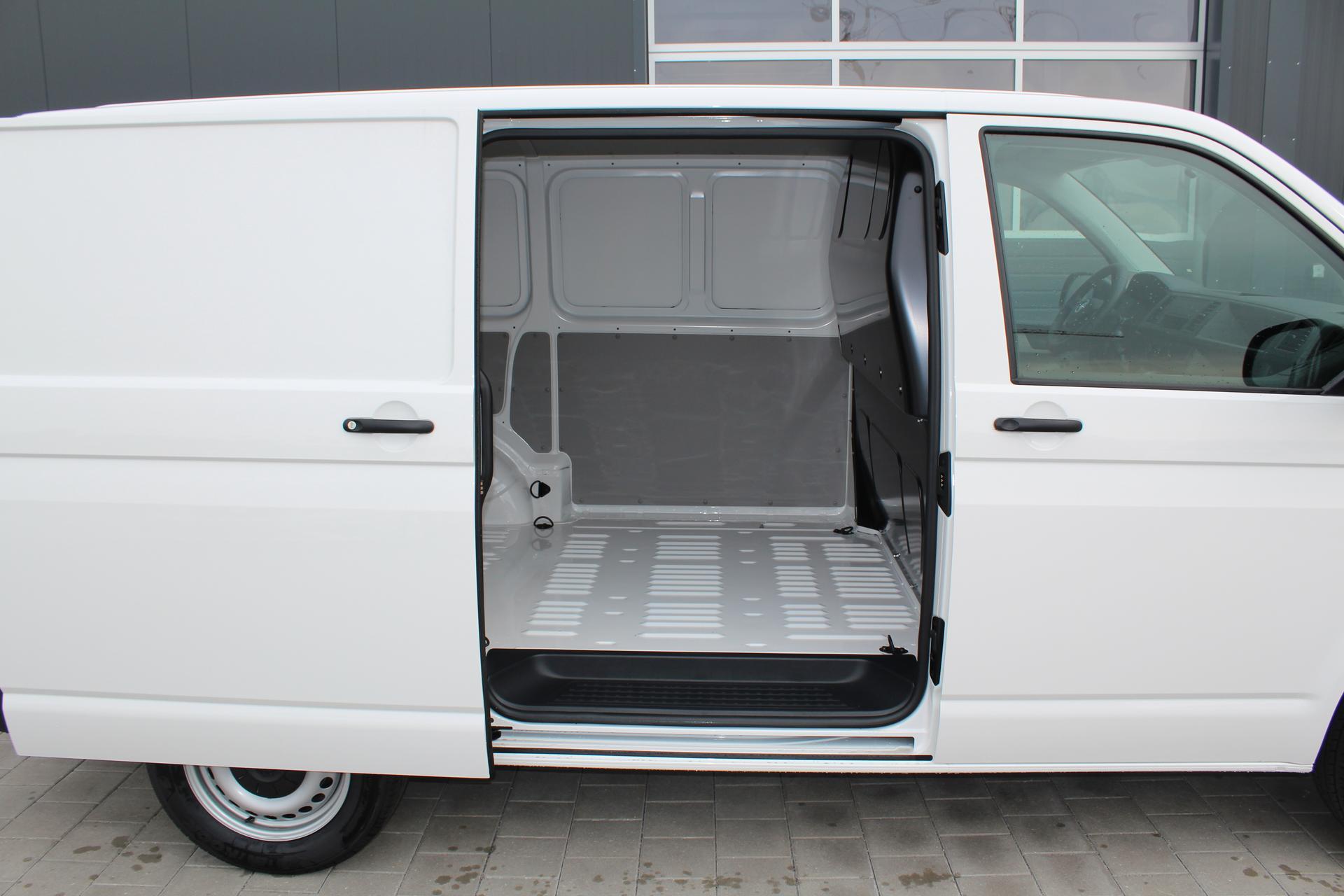 volkswagen transporter t6 2 0 tdi 102 ps climatic. Black Bedroom Furniture Sets. Home Design Ideas