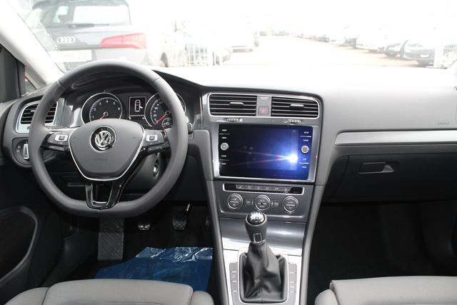 Volkswagen Golf 1.5 TSI 150 PS Maraton Edition-LED-5 Jahre Garantie-Front Assistent-PDC V+H-Bluetooth-TOP Sofort BFY