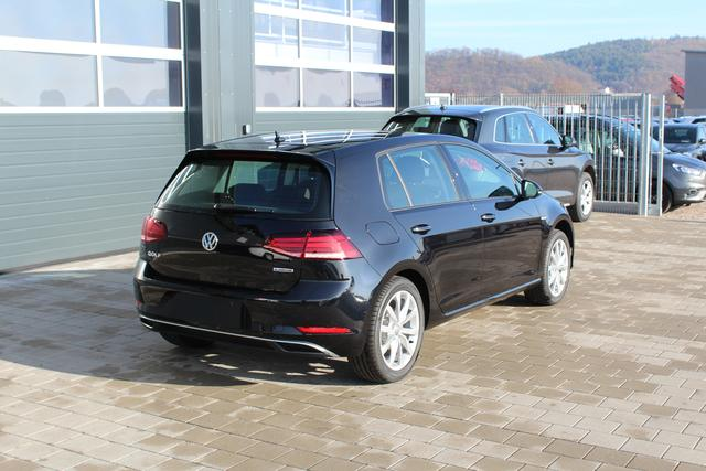 Volkswagen Golf - 1.5 TSI BlueMotion 130 PS Maraton Edition-LED-5 Jahre Garantie-SHZG-MFL-PDC V+H-Bluetooth-TOP Sofort