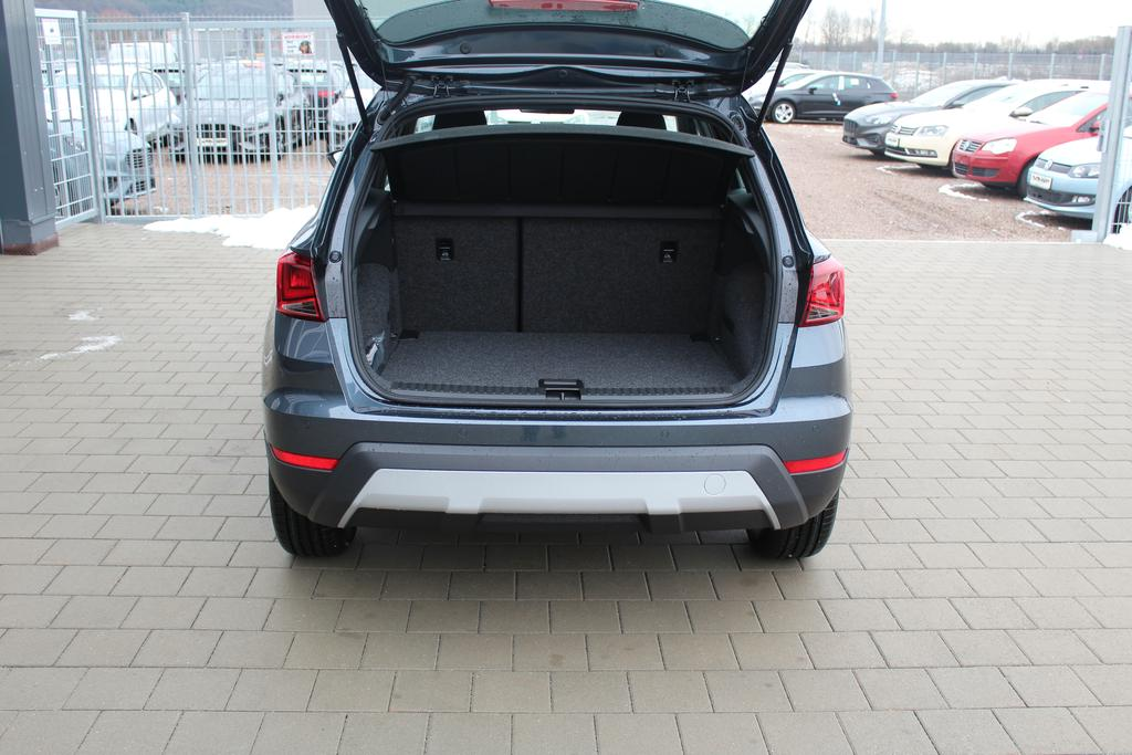 seat arona 1 0 tsi 95 ps xcellence bicolore keyless go. Black Bedroom Furniture Sets. Home Design Ideas