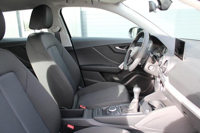 Audi Q2 1.0 TFSI 116 PS-Klimaanlage-4 Jahre Garantie-MMI-SHZG-Sofort