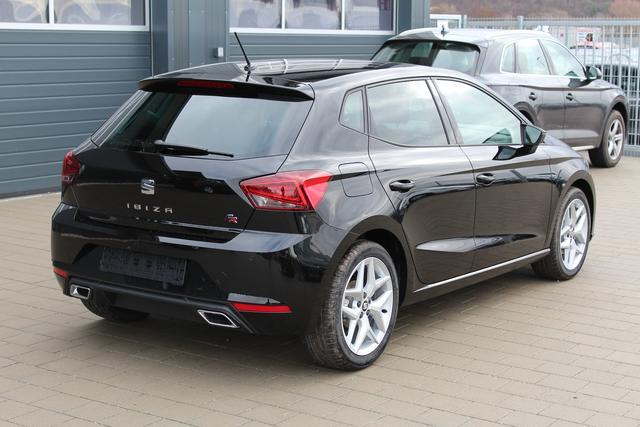 Seat Ibiza - 1.0 TSI 116 PS FR-LED Scheinwerfer-Klimaautomatik-Rückfahrkamera-Frontassistent-PDC-Winterpaket-Bluetooth-TOP Sofort