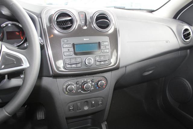 Dacia Logan 1.0 73 PS SCe 75 Comfort-Einparkhilfe-Klimaanlage-Bluetooth-Radio mit USB-TOP Aktion Sofort
