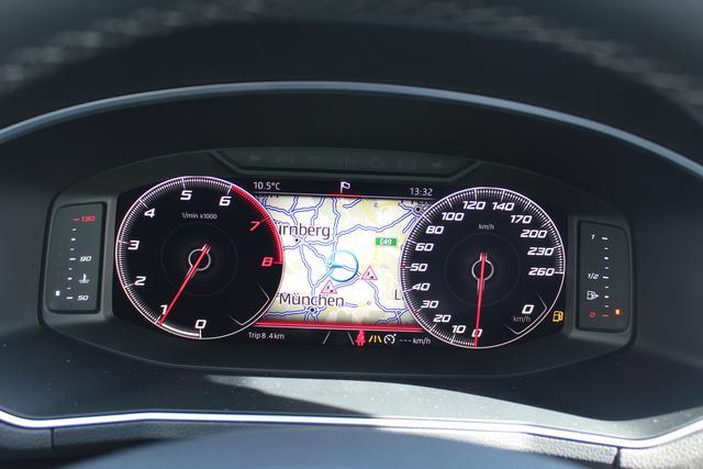 Seat Tarraco 1.5 TSI 150 PS Xcellence-LED Scheinwerfer-Navi-Rückfahrkamera-Klimaautomatik-Keyless Go-Sofort