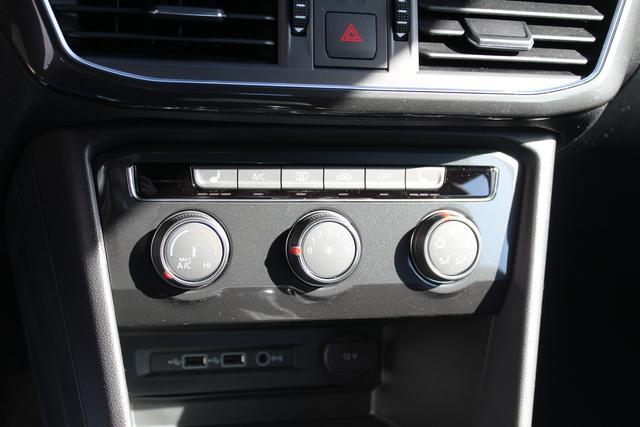 Seat Tarraco 1.5 TSI 150 PS Style-LED Scheinwerfer-Frontassistent-Klima-Rückfahrkamera-Winterpaket-Aktion Sofort