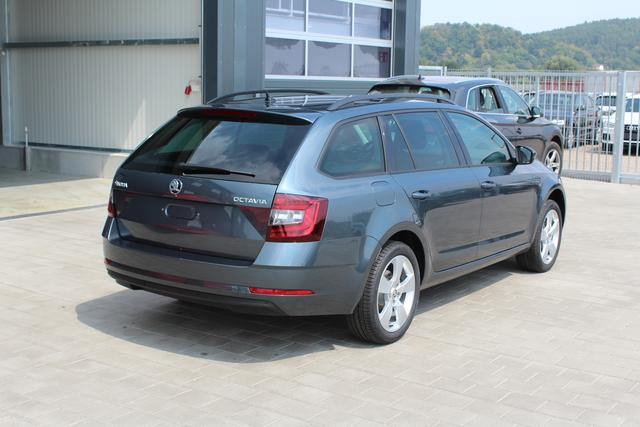 Skoda Octavia Combi - 1.5 TSI 150 PS Style-4 Jahre Garantie-Climatronic-Navi-Voll LED-MFL- SHZG-PDC-TOP AKTION Sofort