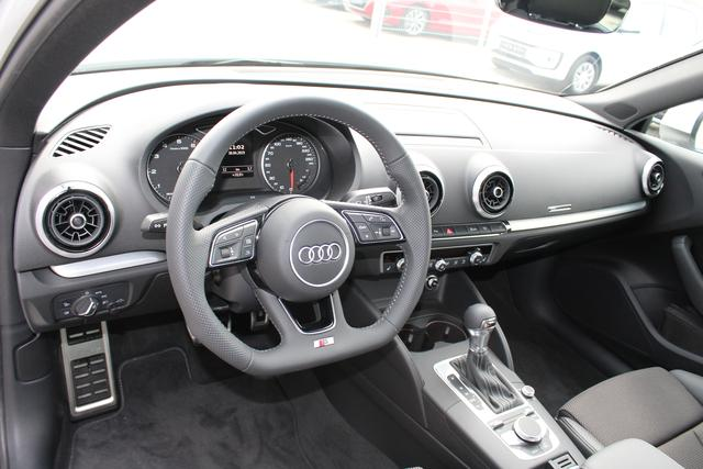Audi A3 Sportback 1.5 TFSI 150 PS S-tronic Sport Plus Edition-4 Jahre Garantie-Navi-LED Full Scheinwerfer-Climatronic-TOP Sofort