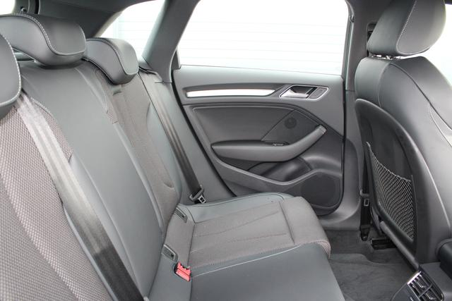 Audi A3 Sportback 1.5 TFSI 150 PS S-tronic Sport Plus Edition-4 Jahre Garantie-Navi-LED Full Scheinwerfer-Climatronic-TOP Sofort