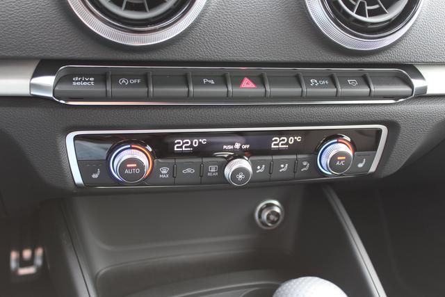 Audi A3 Sportback 1.0 TFSI 116 PS-4 Jahre Garantie-Bi Xenon-Climatronic-PDC-MFL-SHZG-TOP Aktion Sofort BFY