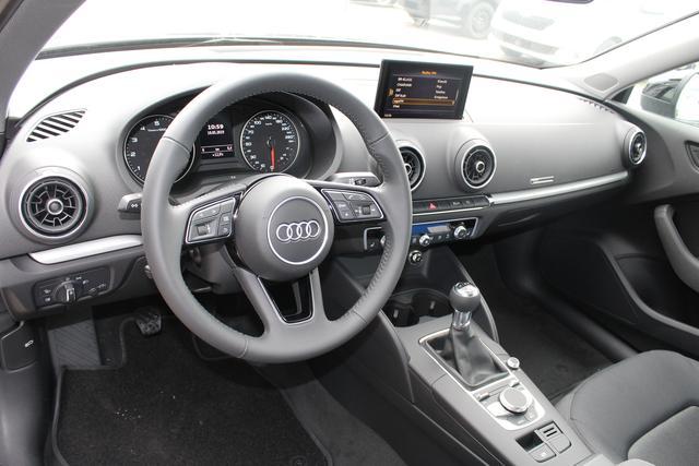 Audi A3 Sportback 1.0 TFSI 116 PS-4 Jahre Garantie-Bi Xenon-Climatronic-PDC-MFL-SHZG-Sofort