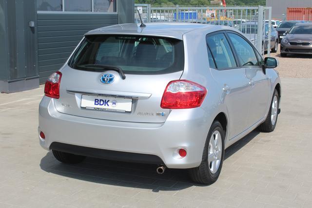 Gebrauchtfahrzeug Toyota Auris - 1.8 99 PS Hybrid Synergy Drive Automatik-Klimaautomatik-Multifunktions Lederlenkrad-Radio/CD-Aluräder-TOP Sofort