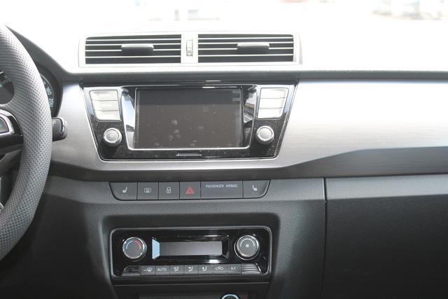 "Skoda Fabia 1.0 TSI 110 PS Style-Rückfahrkamera-SmartLink-Climatronic-Tempomat-16""Alu-Sofort"