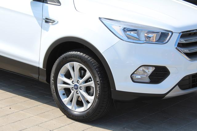 "Gebrauchtfahrzeug Ford Kuga - 1.5 EcoBoost 120 PS-Navi-17""Alu-Klimaautomatik-Tempomat-Bluetooth-Sofort"