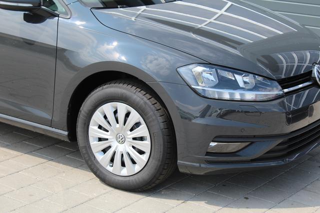 Volkswagen Golf - Trendline 1.0 TSI 116 PS-SHZ-2xPDC-Bluetooth-Climatronic-Lederlenkrad-Sofort