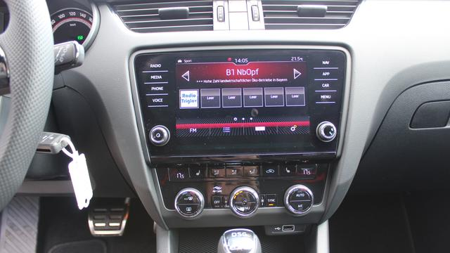 Skoda Octavia Combi 2.0 TSI DSG RS 245 PS-Navi-LED Scheinwerfer-PDC Vu.H--Climatronic-MFL-TOP AKTION Sofort