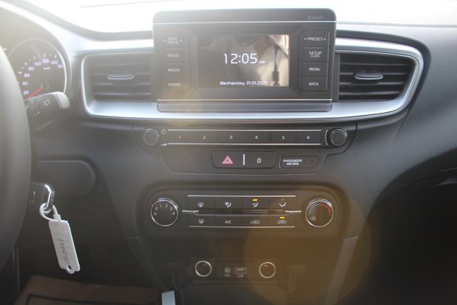 Kia cee'd - 1.4 100 PS-Klima-Bluetooth-MuFu-NSW-Spurhalte
