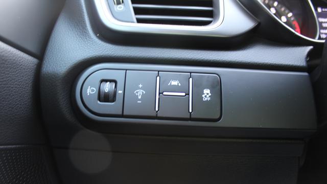 Kia Ceed Cool 1.4 100 PS-16Zoll Alu-Bluetooth-Klima-Tempomat-Spurhalteassist-Aktion