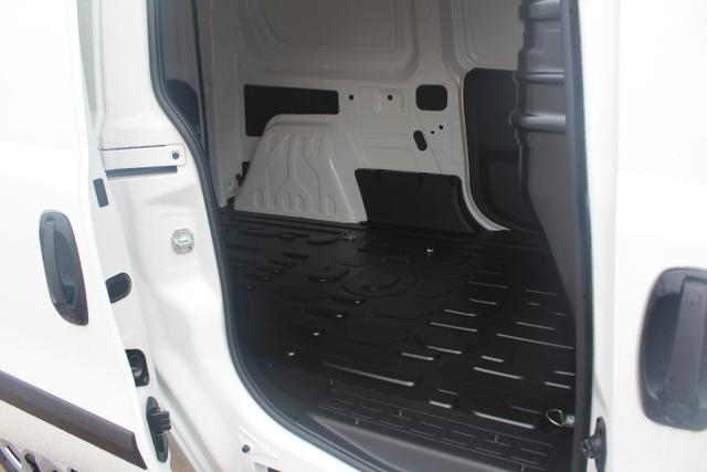 Fiat Doblò Cargo Maxi L2H1 1,4 16V 95 PS-Professional-Klima-Trennwand