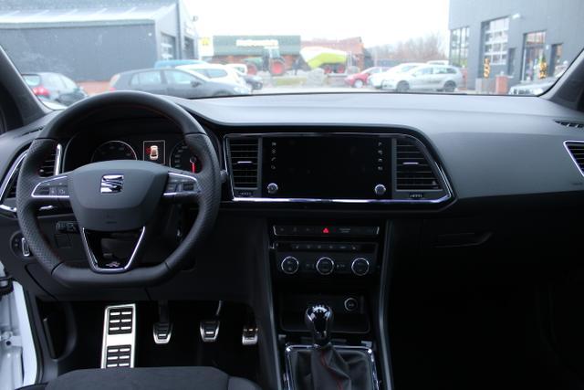 Seat Ateca - FR 1.5 TSI 150 PS-5JahreGarantie-Navi-ACC-SHZ-Kamera-2xPDC-Sofort