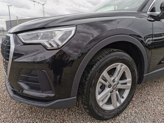 Audi Q3 - 35 TFSI 150 PS-4JahreGarantie-Navi-LED-el.Heckklappe-SHZ-2xPDC-Sofort