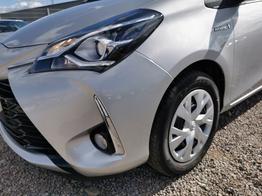 Yaris - Hybrid 1.5 100 PS Automatik-Navi-Klimaautomatik-Rückfahrkamera-Tempomat-Sofort