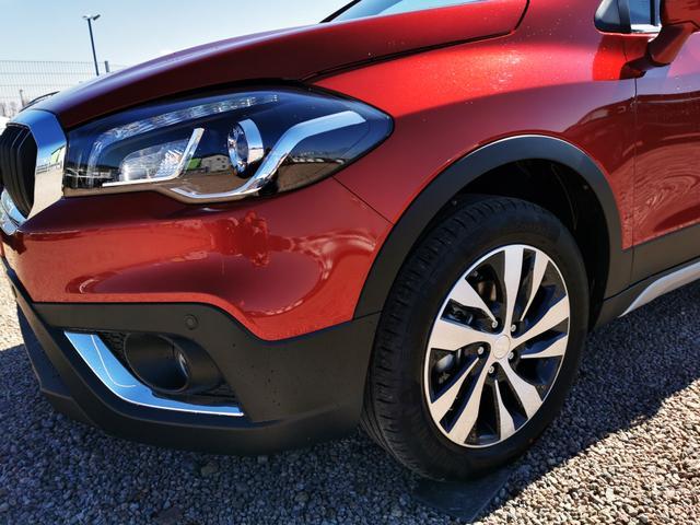 Suzuki SX4 - GLX 1.4 BoosterJet Hybrid 4x4 130 PS-Navi-VollLED-ACC-Klimaauto-SHZ-2xPDC-Kamera-Sofort