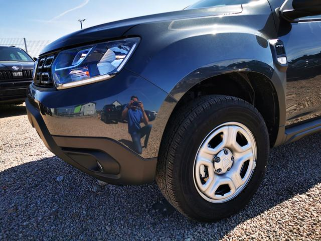 Lagerfahrzeug Dacia Duster - Comfort 1.5 DCi 115 PS 4x4-Sitzheizung-Klima-Sofort
