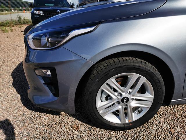 Kia Ceed Sportswagon - Exclusive 1.4 T-GDI 7DCT 140 PS-Navi-Rückfahrkamera-SHZ-Klimaauto-Tempomat-Sofort