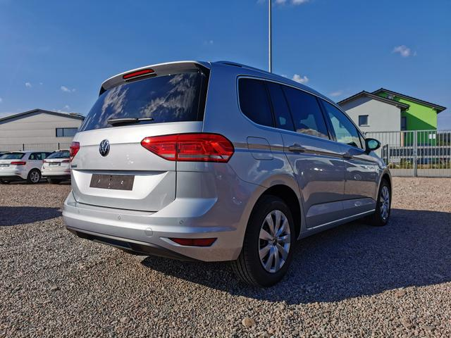 Volkswagen Touran Comfortline 1.5 TSI 150 PS-Ready2Discover-2xPDC-4xSHZ-AppConnect-ACC-Sofort