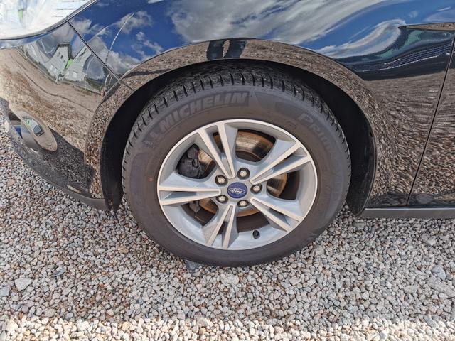"Gebrauchtfahrzeug Ford Focus Turnier - 1.6 EcoBoost 150 PS-Bluetooth-SHZ-16""Alu-Lichtsensor-Klimaautomatik-Sofort"