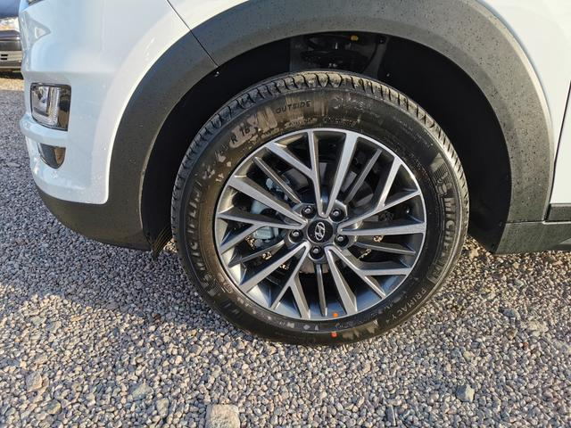 "Lagerfahrzeug Hyundai Tucson - 1.6 T-GDI 177 PS DCT-Navi-SHZ-Tempomat-Klimaautomatik-18""Alu-Kamera-Sofort"