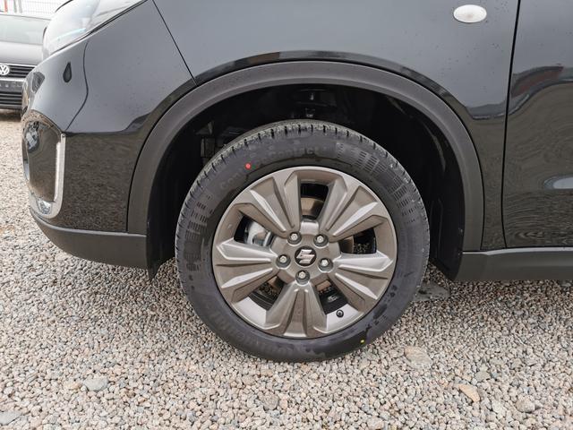 Suzuki Vitara - GL  1.4 BoosterJet Mildhybrid 130 PS-VollLED-SHZ-ACC-Kamera-Klimaauto-Sofort Vorlauffahrzeug