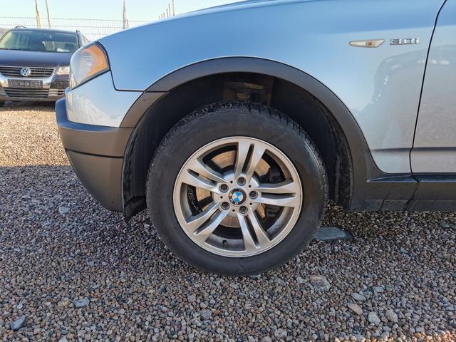 Gebrauchtfahrzeug BMW X3 - 3.0i 231 PS xDrive Automatik-Tempomat-SHZ-Lenkradheizung-Leder-Panodach-Sofort